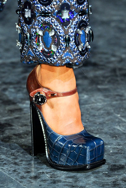 Square: Louis Vuitton Fall 2012