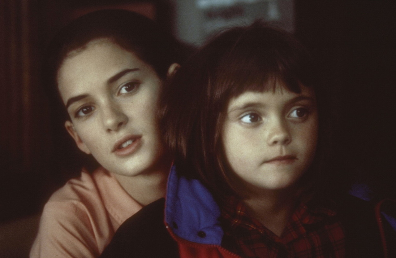 Winona Ryder & Christina Ricci in Mermaids