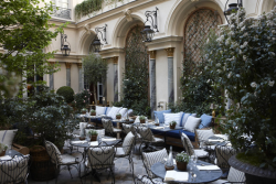 Ralph Lauren restaurant in Paris