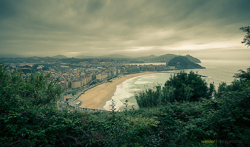 Stormy San Sebastían, Basque Country (by Chris Weisler)