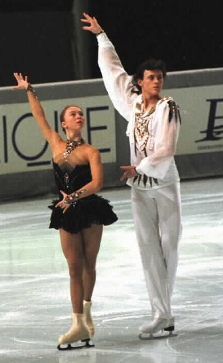 Tatiana Totmianina and Maxim Marinin skating to Tchaikovsky's Swan Lake at the 1998 Trophée Lalique. Photo by Barry Mittan.