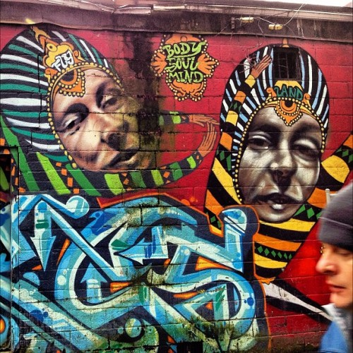 craigsjunkdrawer:  #graffiti #beautifulbc #canada #vancouver #iphoneography #streetart #art (Taken with instagram)
