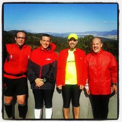 Espléndido día para una nueva salida de trail dominguero por Collserola. En esta ocasión con Carles, Jordi i Damià. (18/03/2012).