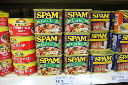 Recap: Davao! 8/1 SM Davao Supermarket 97 pesos spam with garlic, I think this is the favorite of the pinoys.