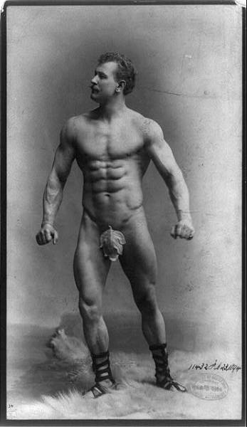 Eugen Sandow, ph. Benjamin J. Falk (c.1894).