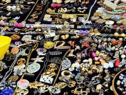 jewellery stall portobello road London