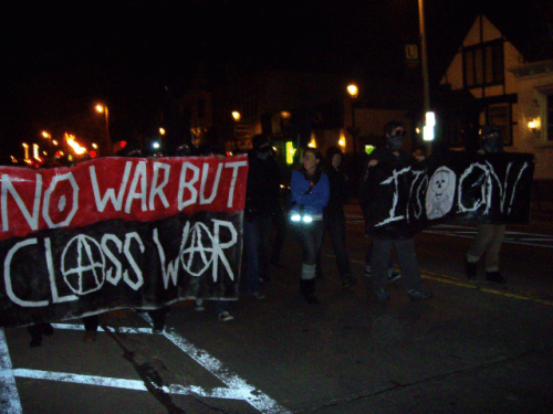 fuckyeahanarchistbanners:  No War But Class War && It's On! // Milwaukee WI, USA