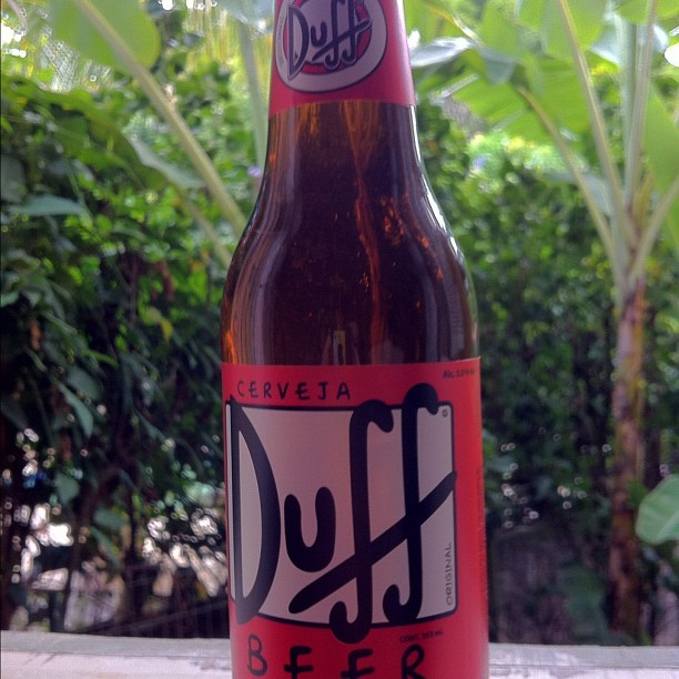 #duff #beer #cerveja #simpsons #verde #green (Taken with instagram)