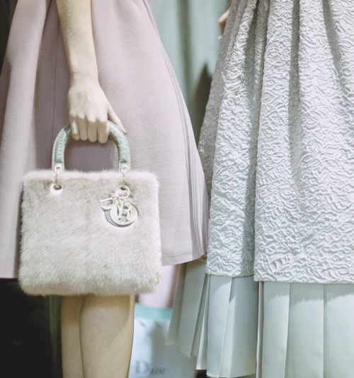 tresaiden:  evapore:  Backstage at Dior F/W 2012