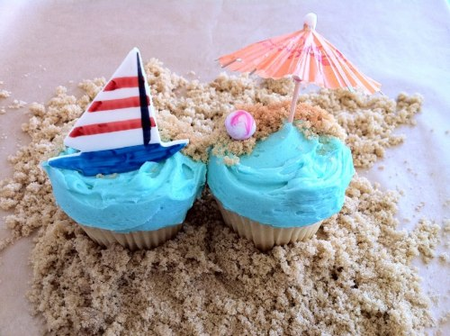 beach cupcakes! i will attempt these!