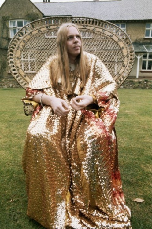 Rick Wakeman on the throne.