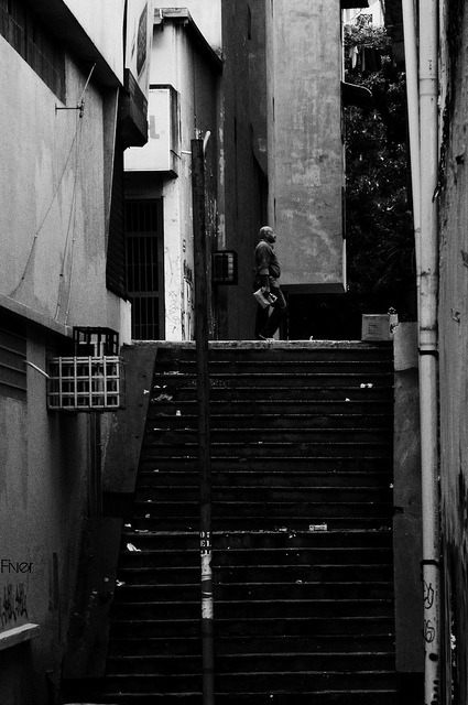 recurre en calles on Flickr.escondidas   Caracas @FiverWeed twitter /tumblr/ blogger