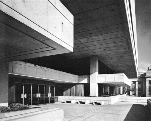 fuckyeahbrutalism:  Julius Adams Stratton Building, Massachusetts Institute of Technology, Cambridge, Massachusetts, 1963-65 (Eduardo Catalano)