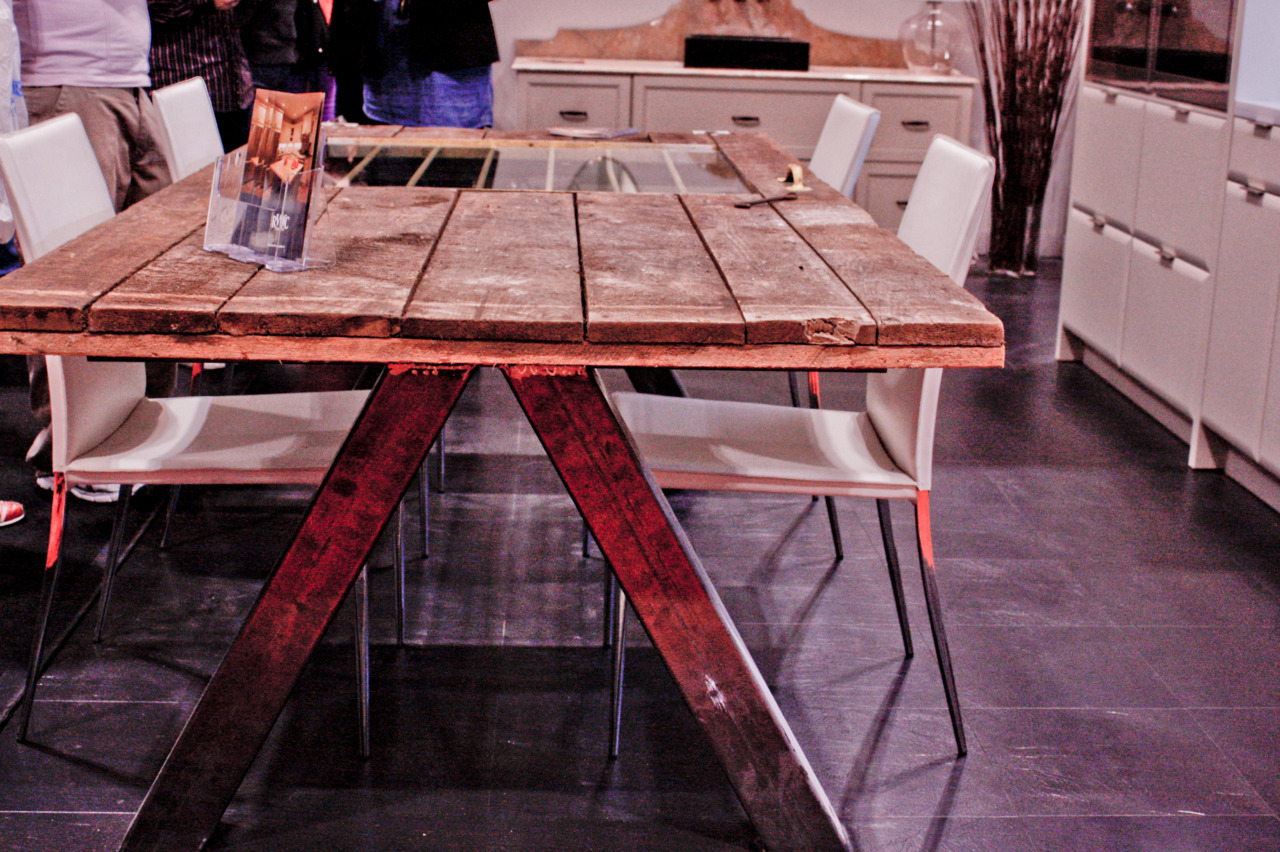 Amazing table from the National Home Show in Toronto.