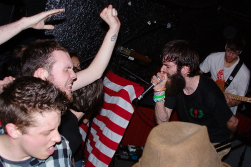 allthewaydown:  via Pitchfork, here's a free Titus Andronicus mixtape that you want to listen to. Incidentally, it includes a new single that will appear on a seven-inch Titus is splitting with a band called Diarrhea Planet.