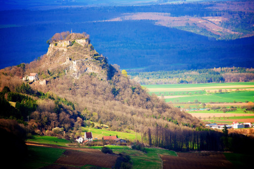 liebesdeutschland:  View to Festung Hohentwiel Singen (Hohentwiel), Baden-Württemberg  I have family in Singen and strangely never made it to the Festung Hohentwiel. Sadness.