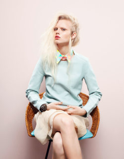 That Marni collar! Such a spot-on accessory for spring. (Image via Grazia Germany)