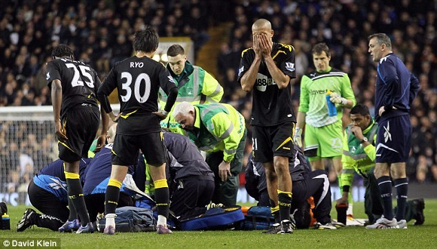 Football Unites For Muamba! Get Well Soon