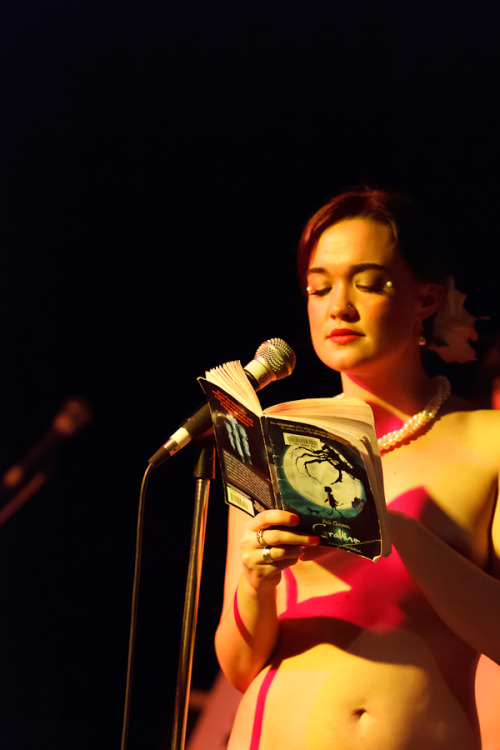 Sweet Sashay with Naked Girls Reading Neil Gaiman in Vancouver March 18 2012. Frankie Panky photo.