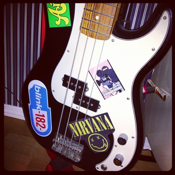 My first born, her name is Veronica. #bass #guitar #fender #precision #life #music #instruments (Taken with instagram)