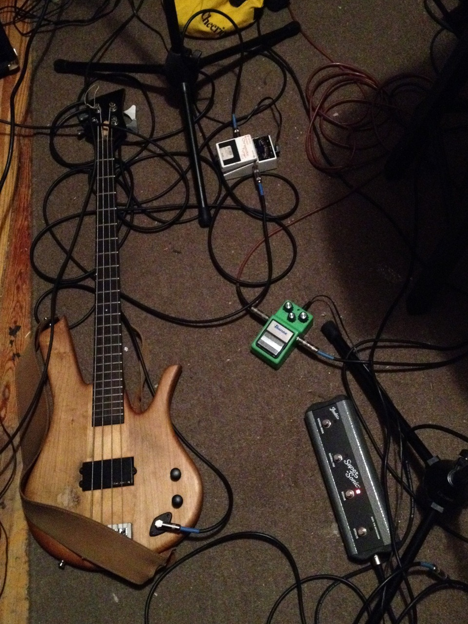 joe's bass and my glory box. -np