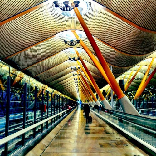 Bienvenidos a Madrid! (Taken with Instagram at Aeropuerto de Madrid-Barajas (MAD))