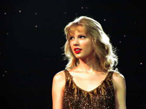 Taylor Swift's last concert of her Speak Now Tour in Vector Arena (Auckland, NZ)Photo credit: insertshuttersoundhere