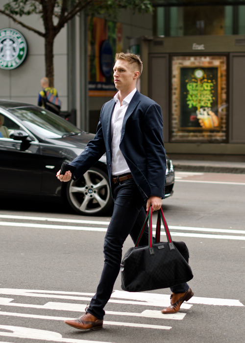 love all of this, haircut, jacket, bag, pants, and especially the shoes