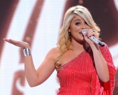 Lauren Alaina Returns To American Idol With High Volume Hair Style