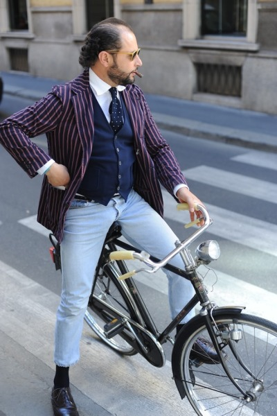 "Acid Wash Jeans. iqfashion:  Mr. Santo Barillà ""When I see an adult on a bicycle, I do not despair for the future of the human race."" - H.G. Wells"