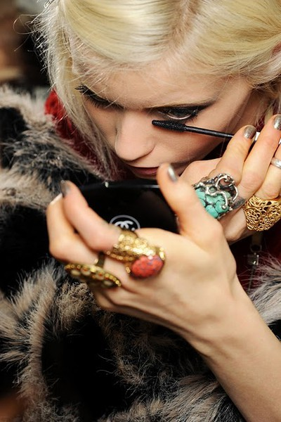 BAUBLE OF THE DAY Abbey Lee Kershaw dresses up each finger.