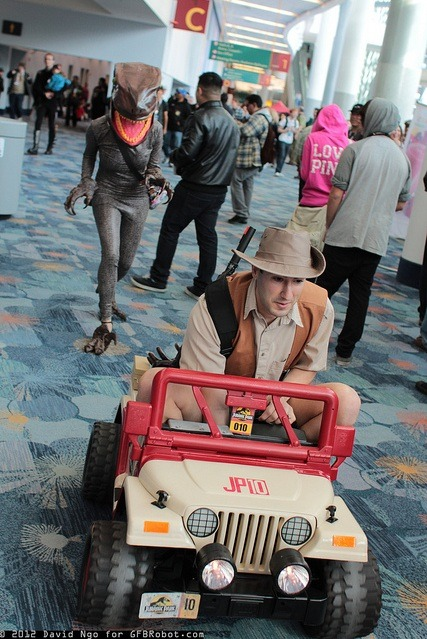witchyelphaba:  new-new-romantic:   amazing Jurassic Park cosplay OH MY GOSH  WHUT  THIS WINS EVERYTHING I GIVE UP.