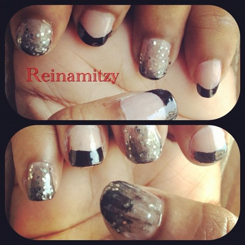 Bored so I did my #nails #nailart #black #glitter #me #style #chic #artsy #art #fun #wetnwild #opi #hands #design #iger #instadaily #instapop  (Taken with instagram)