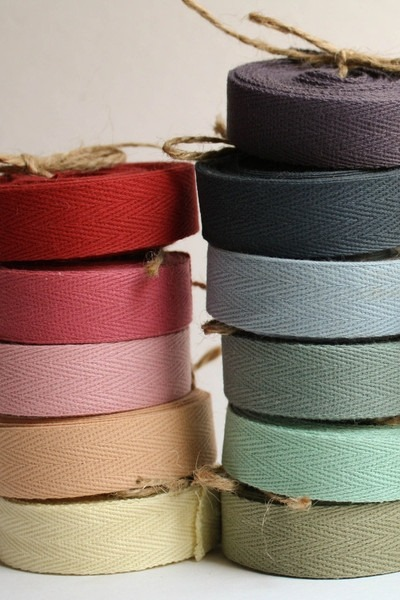 want all the colors. hellosmitten:  twill ribbon | olivemanna