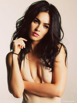 tempted-for-styles:  megan fox is so fucking pretty…