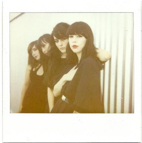 dum dum girls at sxsw by patrice jackson! She's very talented, check her pictures ! http://www.flickr.com/photos/patricej/
