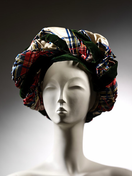 Turban, 1820-1835, Victoria and Albert Museum I love the combination of textures and colors in this turban!  Velvet is one of those fabrics that I generally dislike because it is almost overwhelmingly rich (like a piece of cake with too much icing), but I love seeing little hints of it paired with a nice crisp silk.  The contrast is lovely.