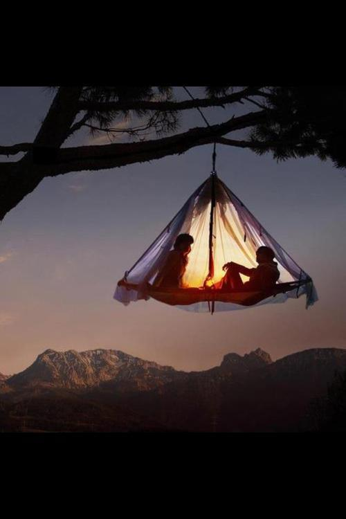 this is amazing!  these floating tents are actually available for nightly rent.  once in my life, i will make this happen.  i will be suspended above the rainforest with my love for a night.