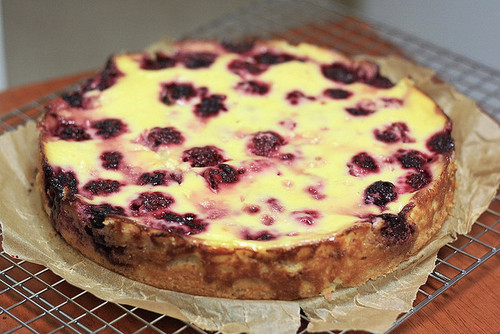 thecakebar:  Blackberry Kuchen! (recipe)