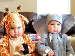 reason #46498 I need a baby…. to dress them up as a giraffe!
