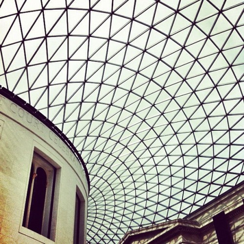 The British Museum #mylondon #igerslondon #the100club #londonpop #popboom #europopp #ldnmod #ldnrock #squaready #snapseed #pixlromatic #igscout #instagood #city #london #british #museum (Taken with instagram)