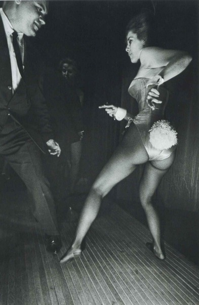 updownsmilefrown:  Playboy Club, Chicago, 1962 by Elliott Erwitt