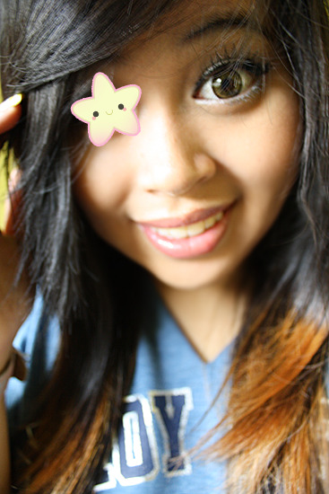 I looked cross-eyed, so I put in a star to distract you guys mwhaha :D