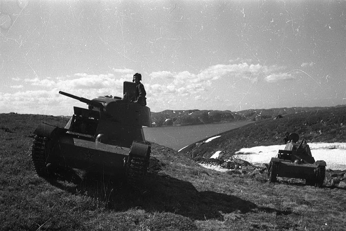 T-26 tanks in the Murmansk area.