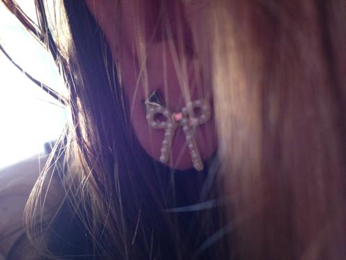 I lose earrings like no other, but I'm always excited when I get new ones. The little things make me feel pretty on lazy days.