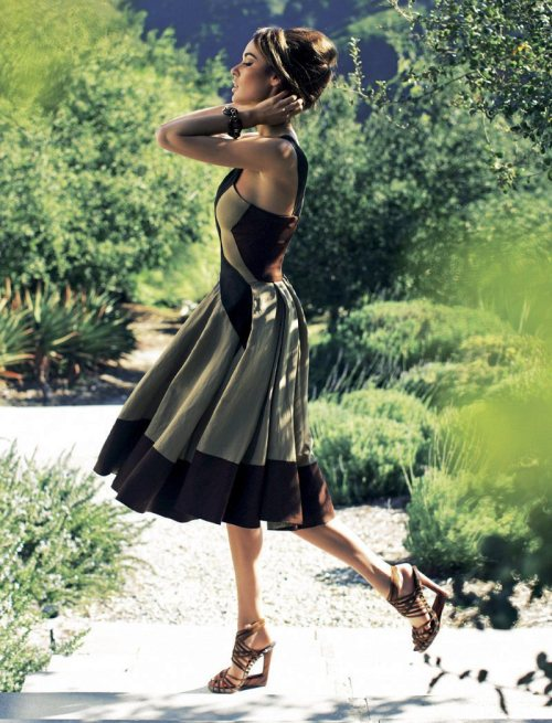realmofthesenses:  Nicole Trunfio by Zoltan Tombor for You Inspire March 2012