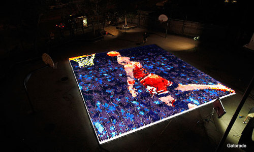 michael jordan mosaic made of gatorade bottleshttp://omarbonsai.tumblr.com/