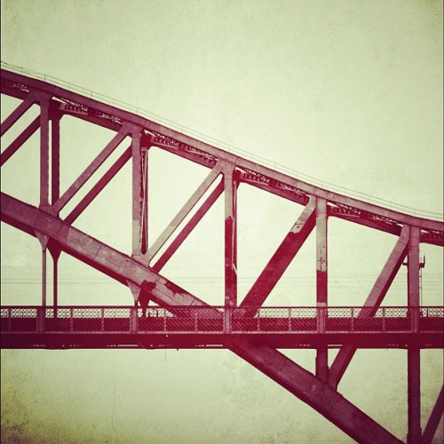 Hellgate bridge , Astoria Park (Taken with instagram)