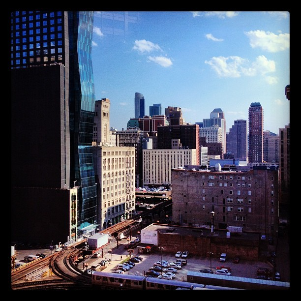 Another day stuck at work. At least the view is nice. #igerschicago #skyscraper #chitecture #architecture #chicago  (Taken with instagram)