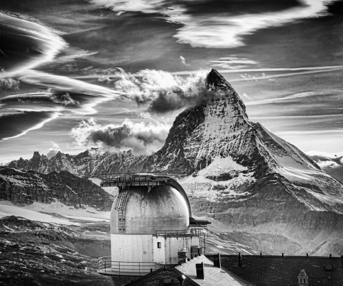 The Matterhorn by Stuck in Customs on Flickr.